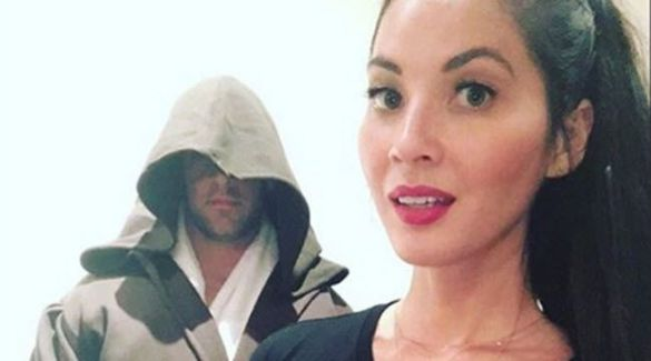 Aaron Rodgers and Olivia Munn Star Wars